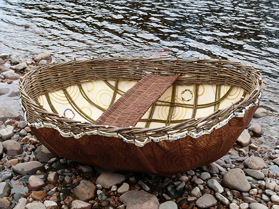 Coracle on the River by Linzi Upton, The Quilt Quine